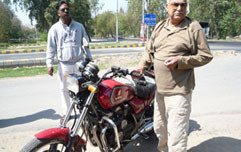 mobile world magazine pakistan bikers club famous rider series-1